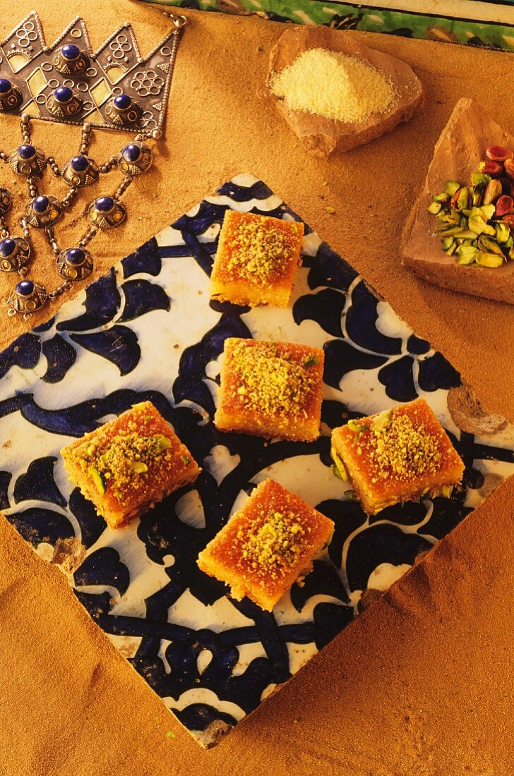 Semolina cake with chopped pistachios