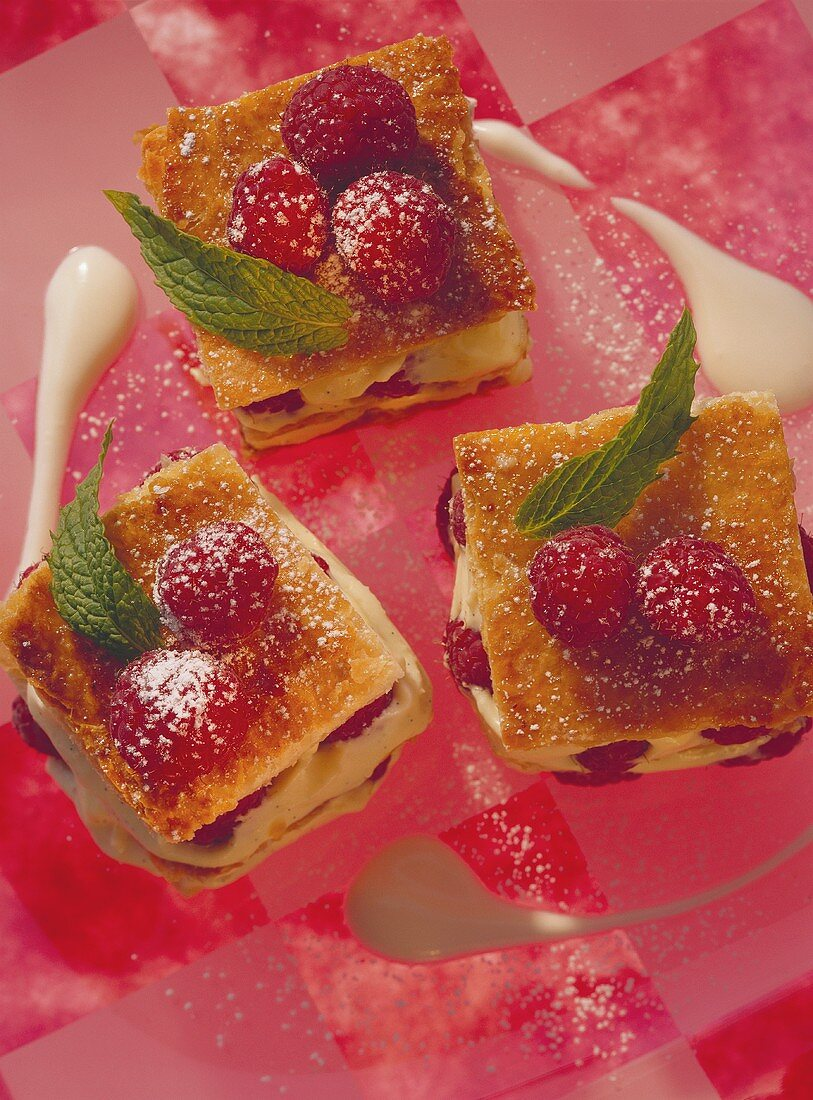 Puff pastry slices with raspberries & champagne mousse