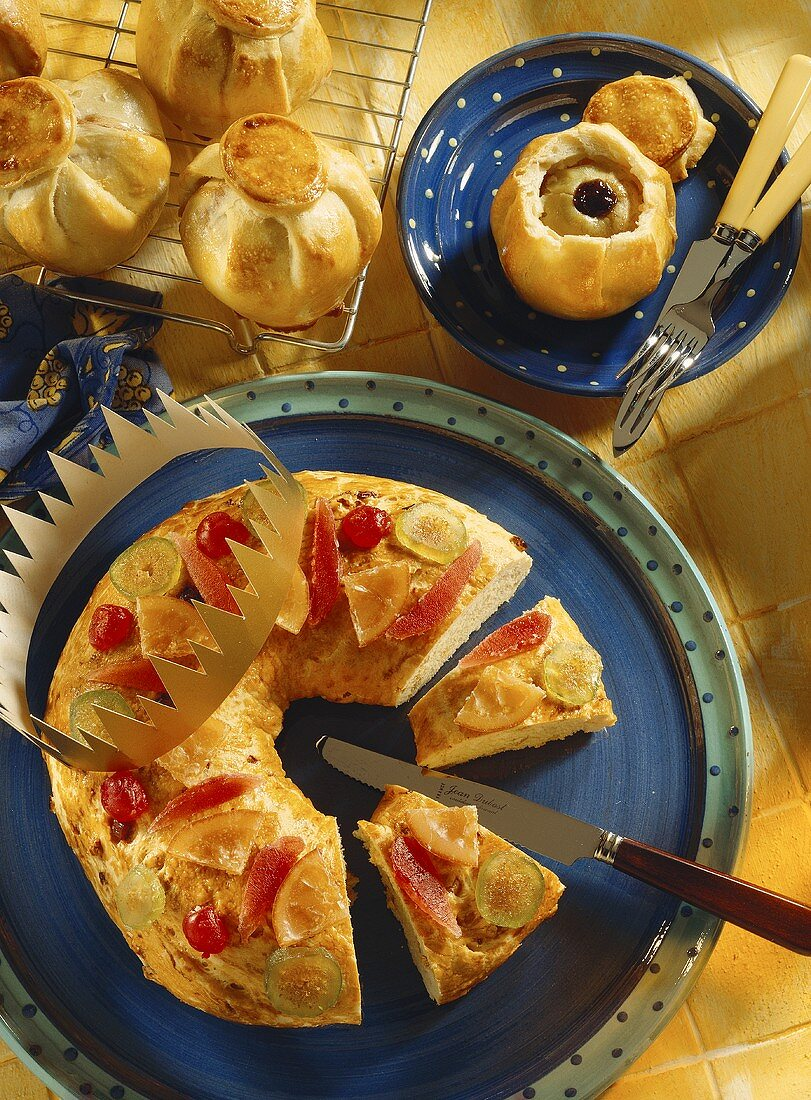 Quinces in puff pastry; Provencal Three Kings' ring