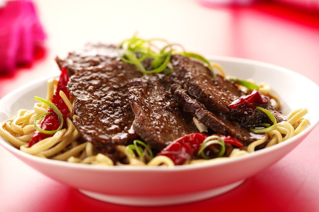 Beef fillet with Asian noodles