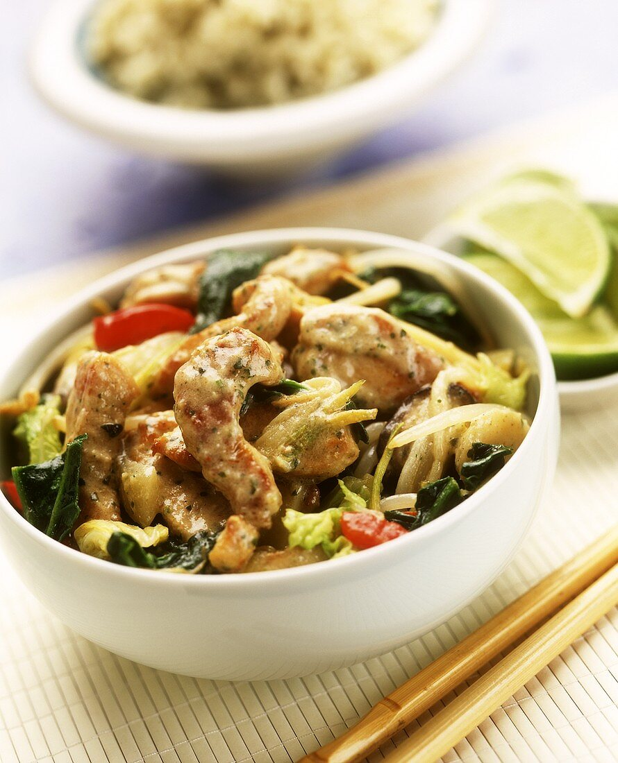 Strips of turkey in Thai sauce with vegetables