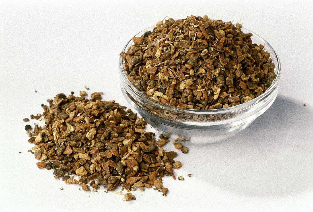Yogi tea: cinnamon, cardamom, ginger, cloves and pepper