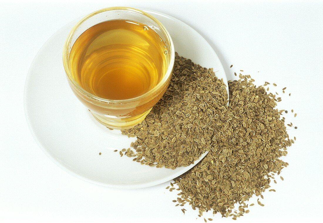 Dill seed tea (Anethum graveolens)