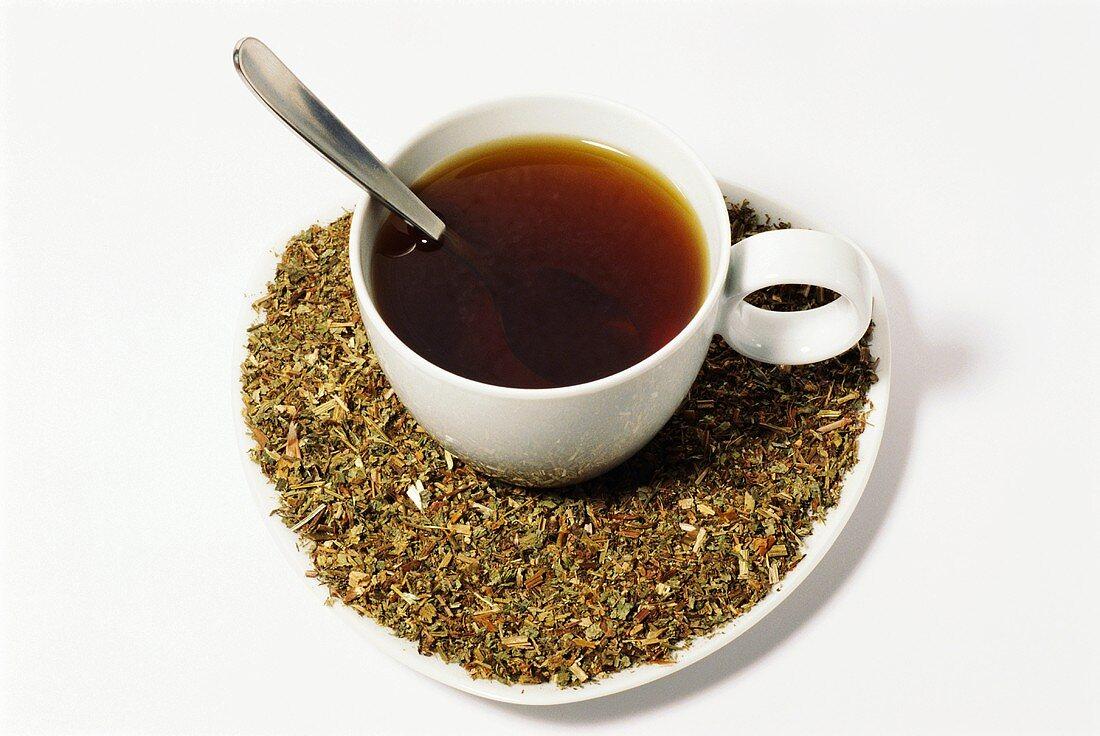 Cranesbill tea and dried herb (Geranium pratense)