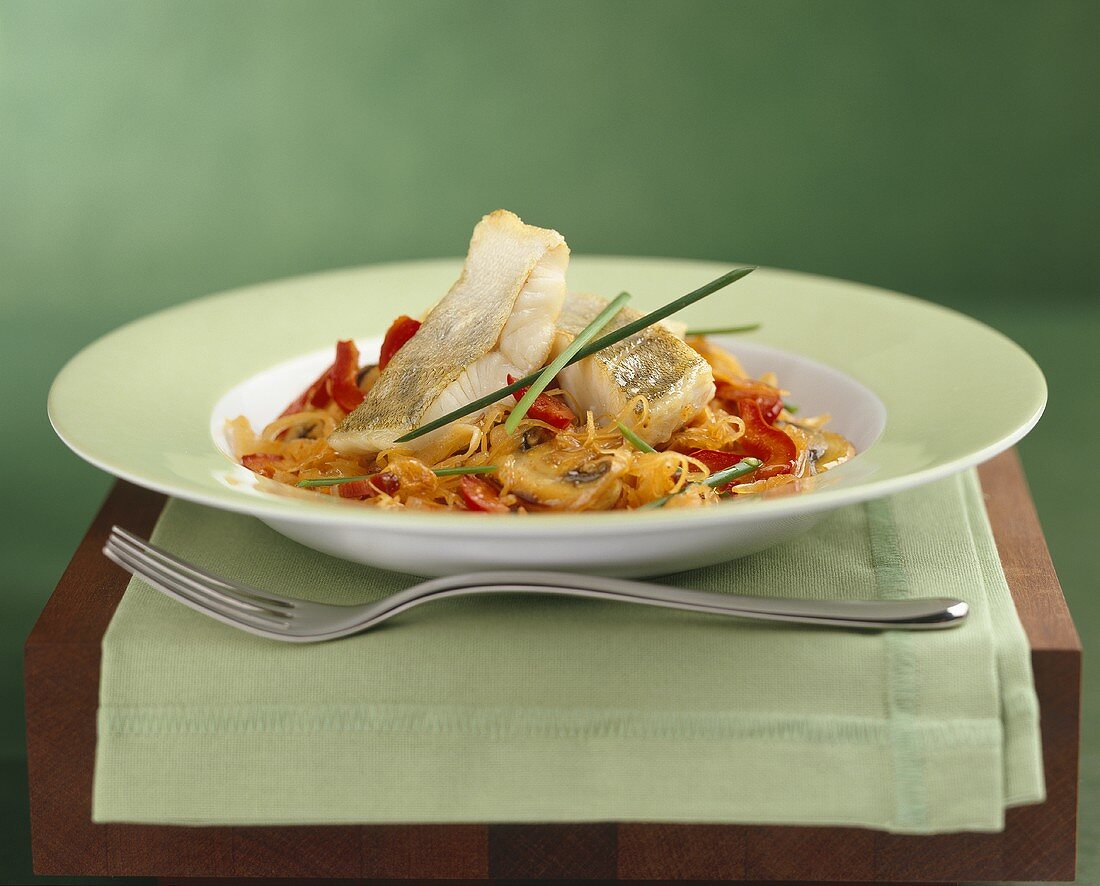 Pike-perch on vegetables