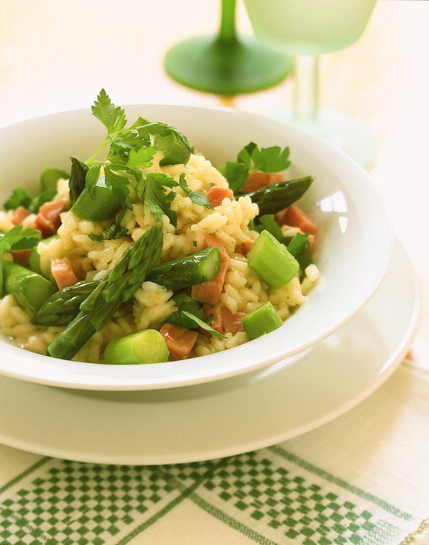 Risotto alla ticinese (Ham risotto with green asparagus)
