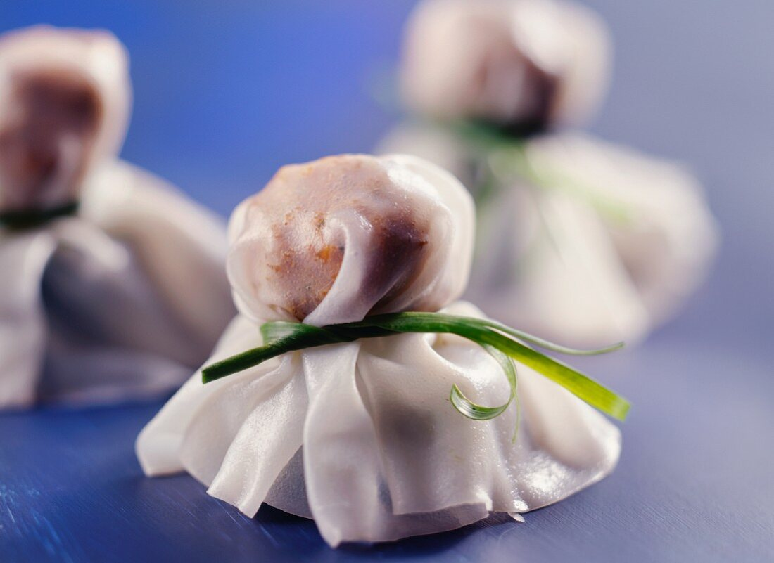 Ghost-shaped rice paper filled with mince