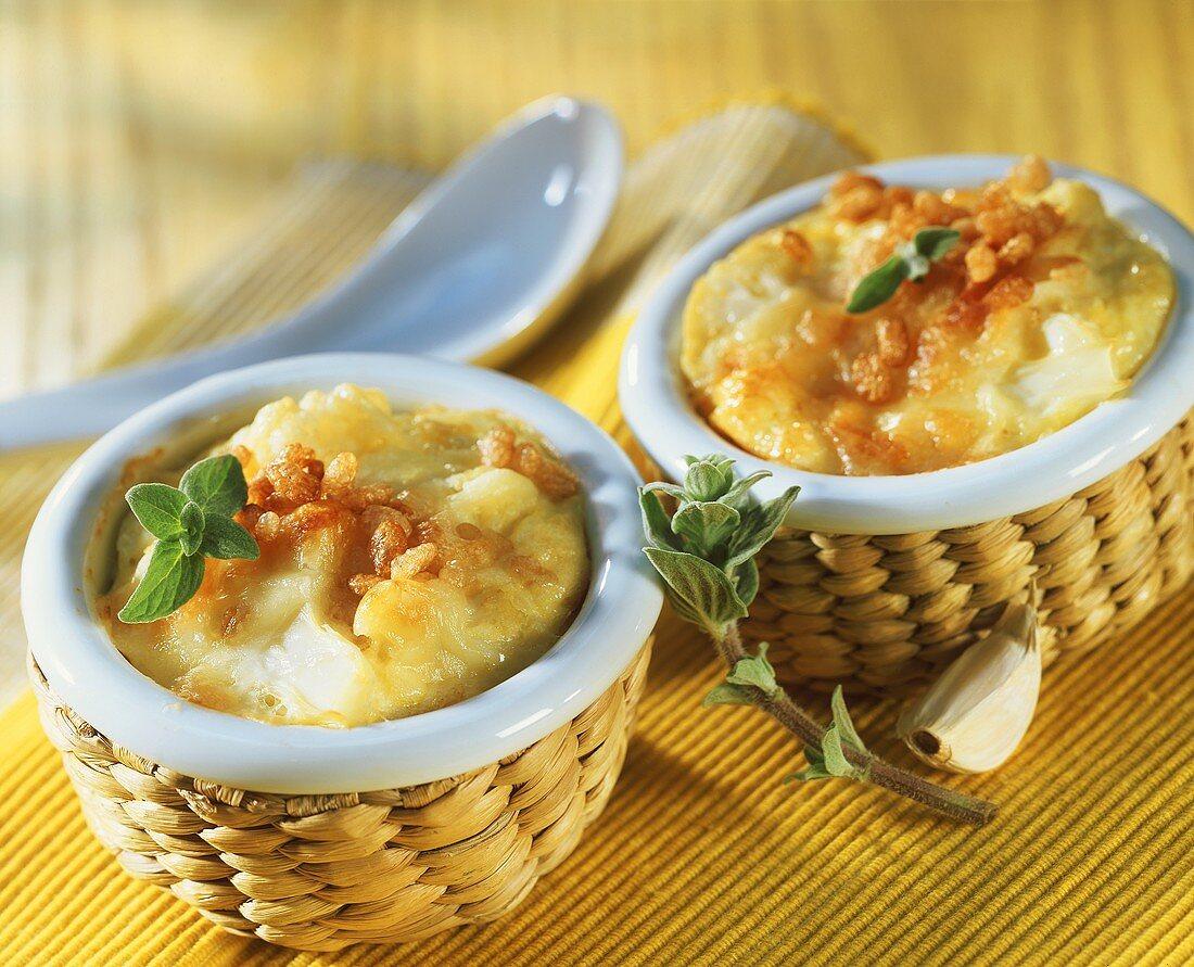 Cauliflower bake in small ceramic bowls