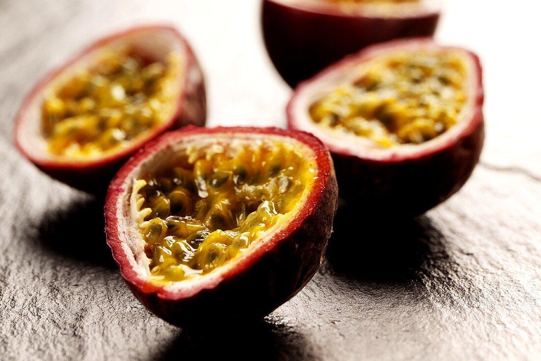 Half maracuyas (passion fruits)