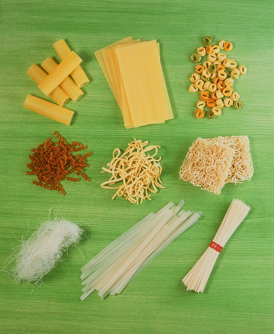 Various types of pasta with Asian noodles