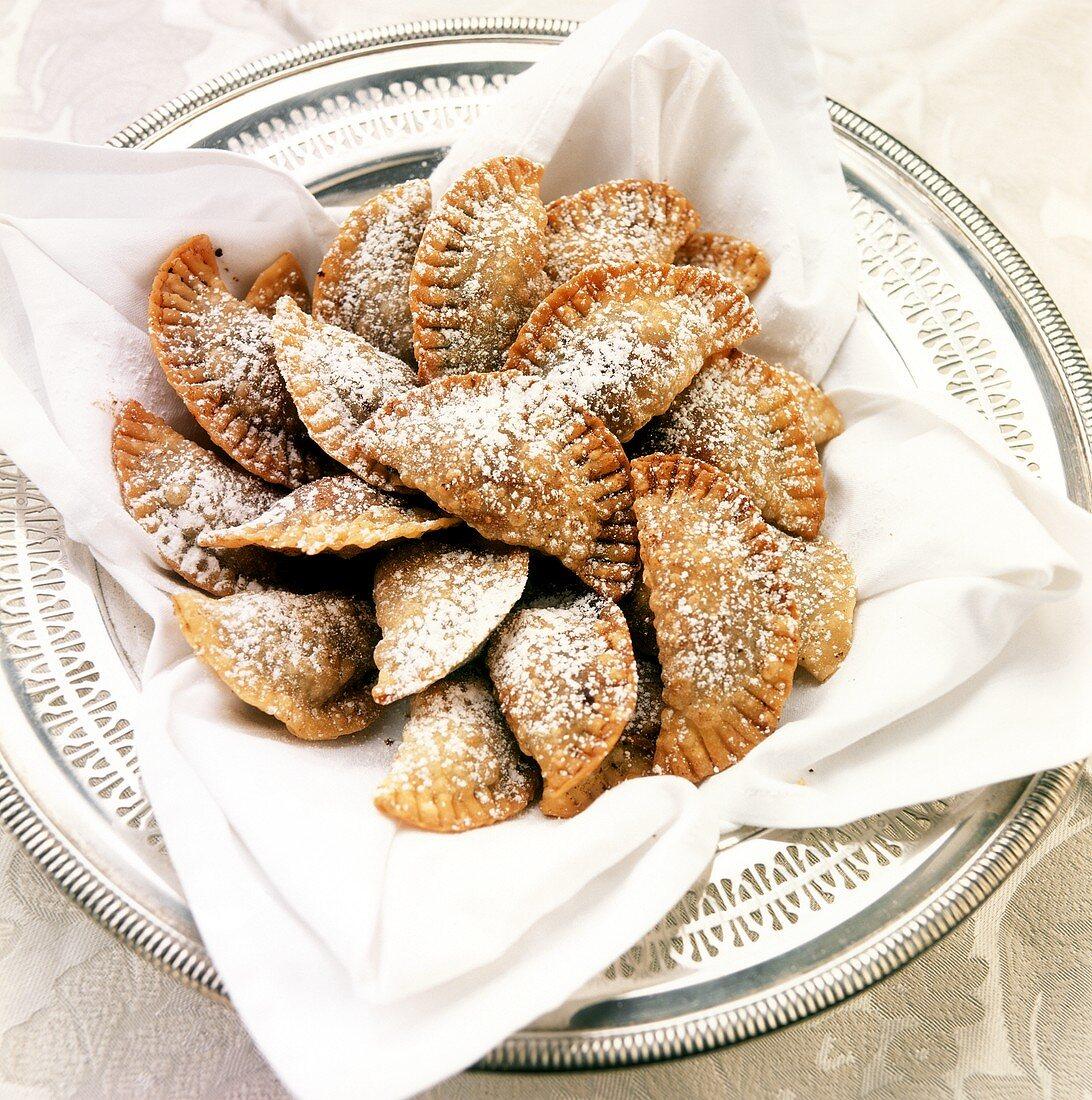 Calzoni ai ceci (chick-pea pasties, Italy)