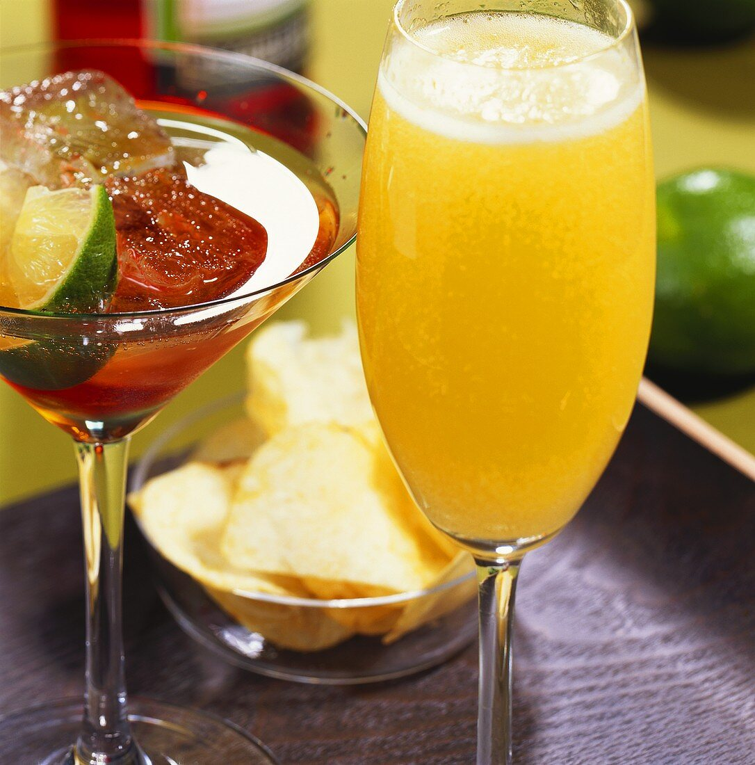 'Mimosa' and 'Spritz Aperol' (Prosecco cocktails)