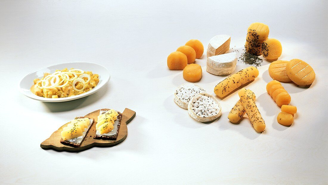Harzer cheese: on bread, with onions and as ingredient