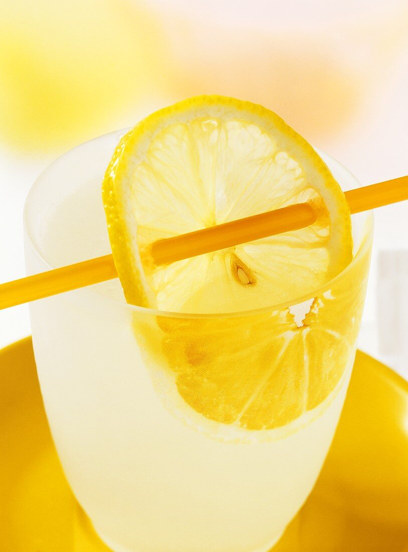 Hot lemon with honey