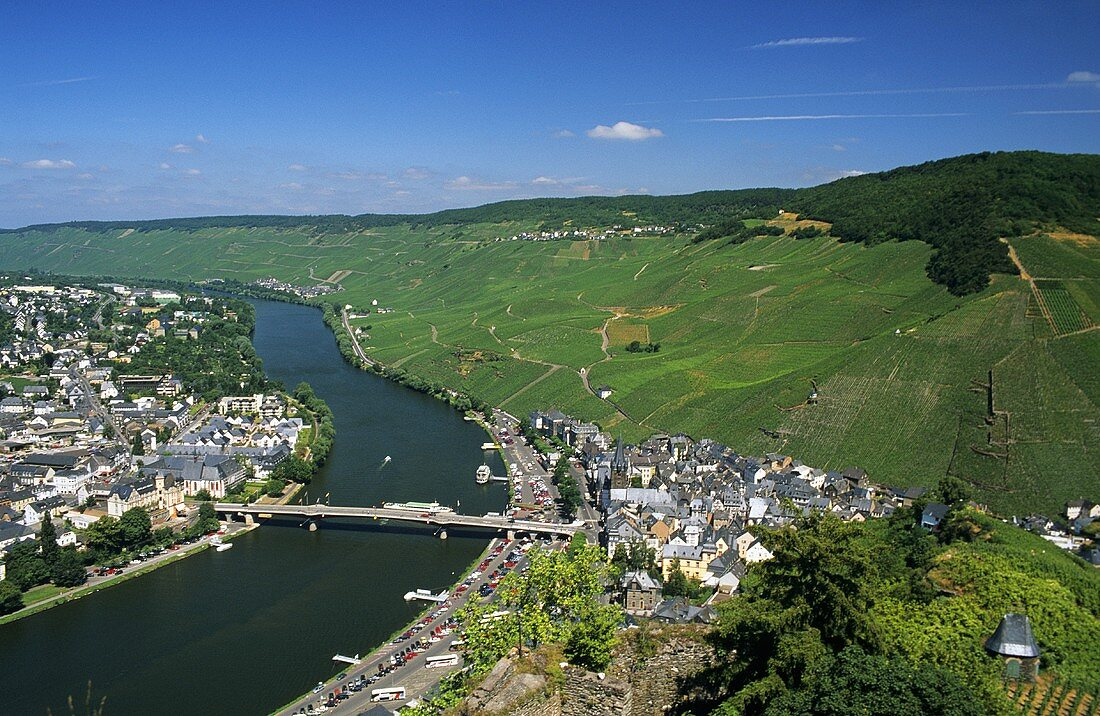 Bernkastel-Kues, famous for its Riesling, on the Mosel