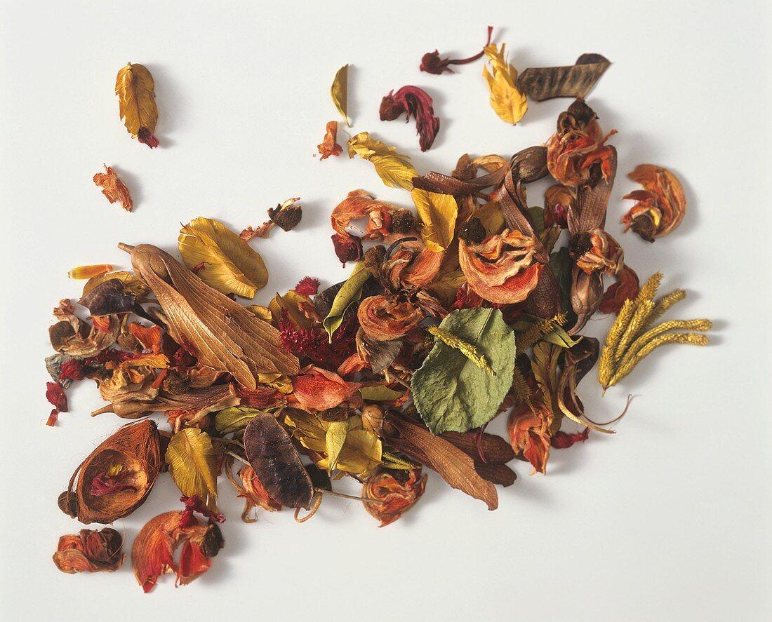 Orangey-red pot-pourri