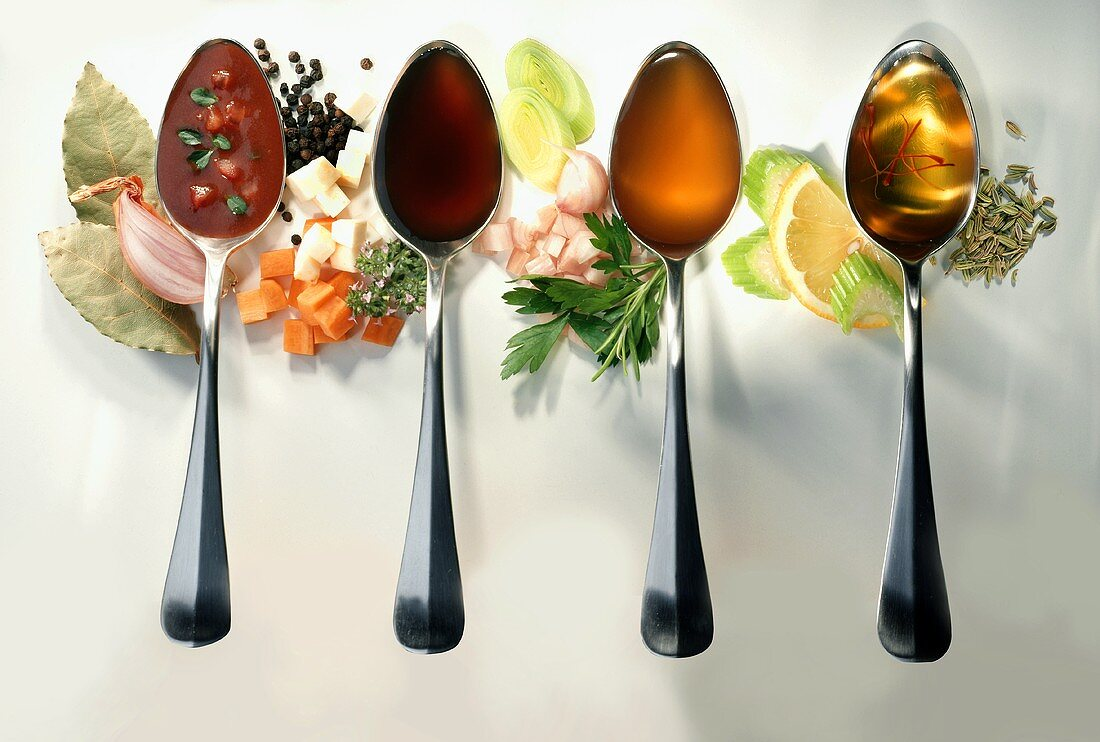 Spoonfuls of pan juices, brown & light meat stock & fish stock