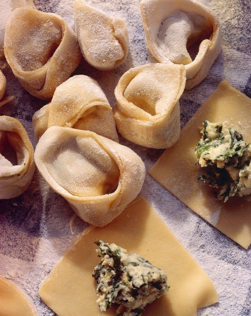 Tortellini della nonna (Spinach & ricotta tortellini)