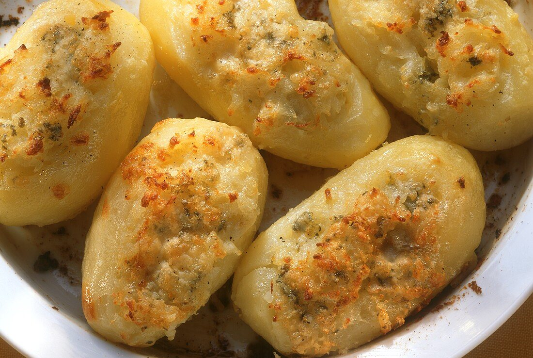 Jacket Potatoes Stuffed with Roquefort