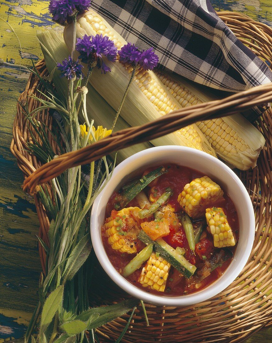 Vegetable stew with chopped corncobs