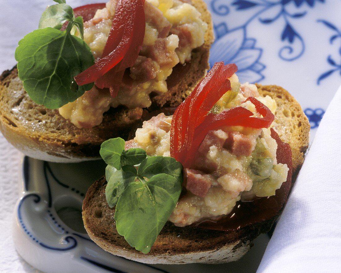 Toasted roll with Labskaus (fish & potato) & beetroot