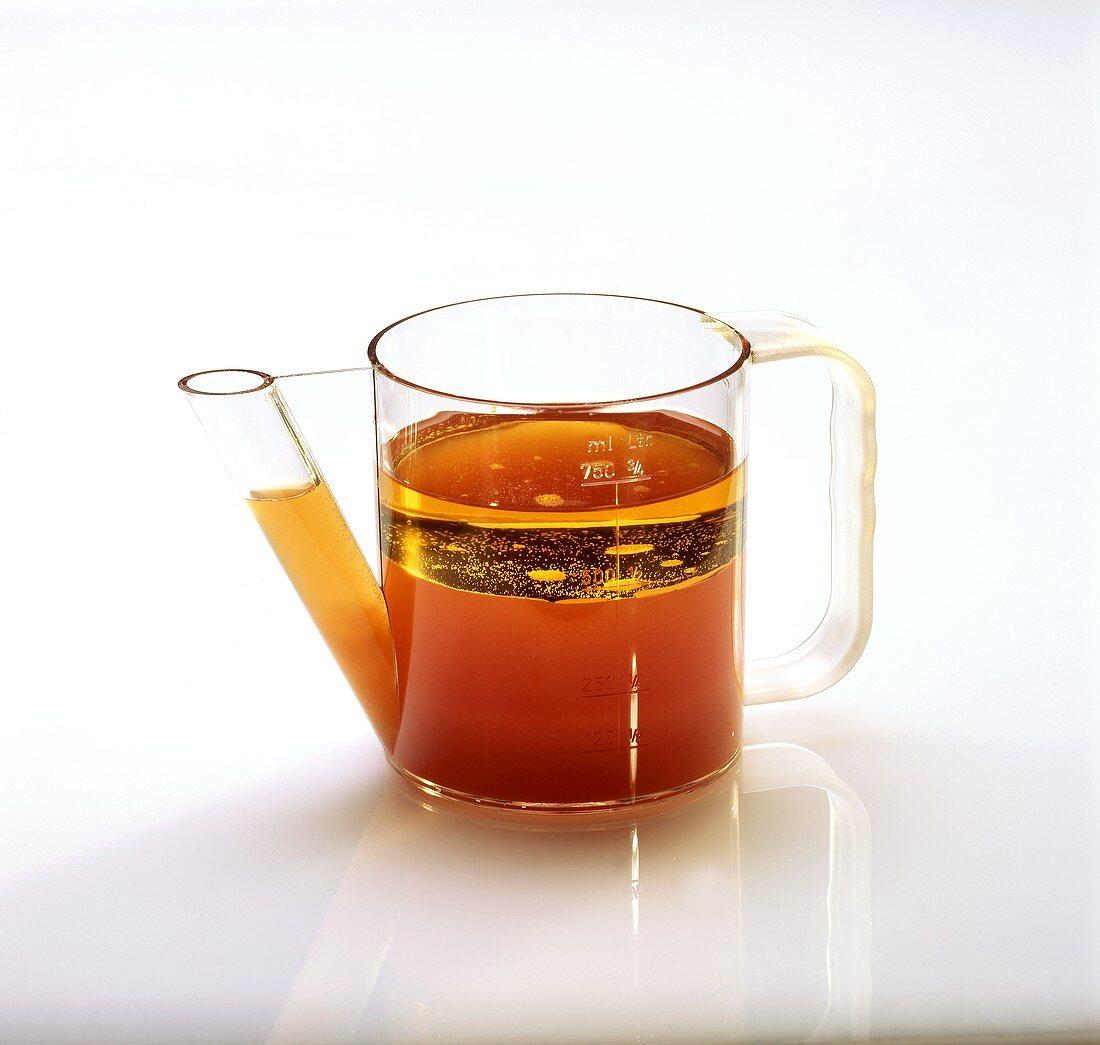 Glass fat-separating jug