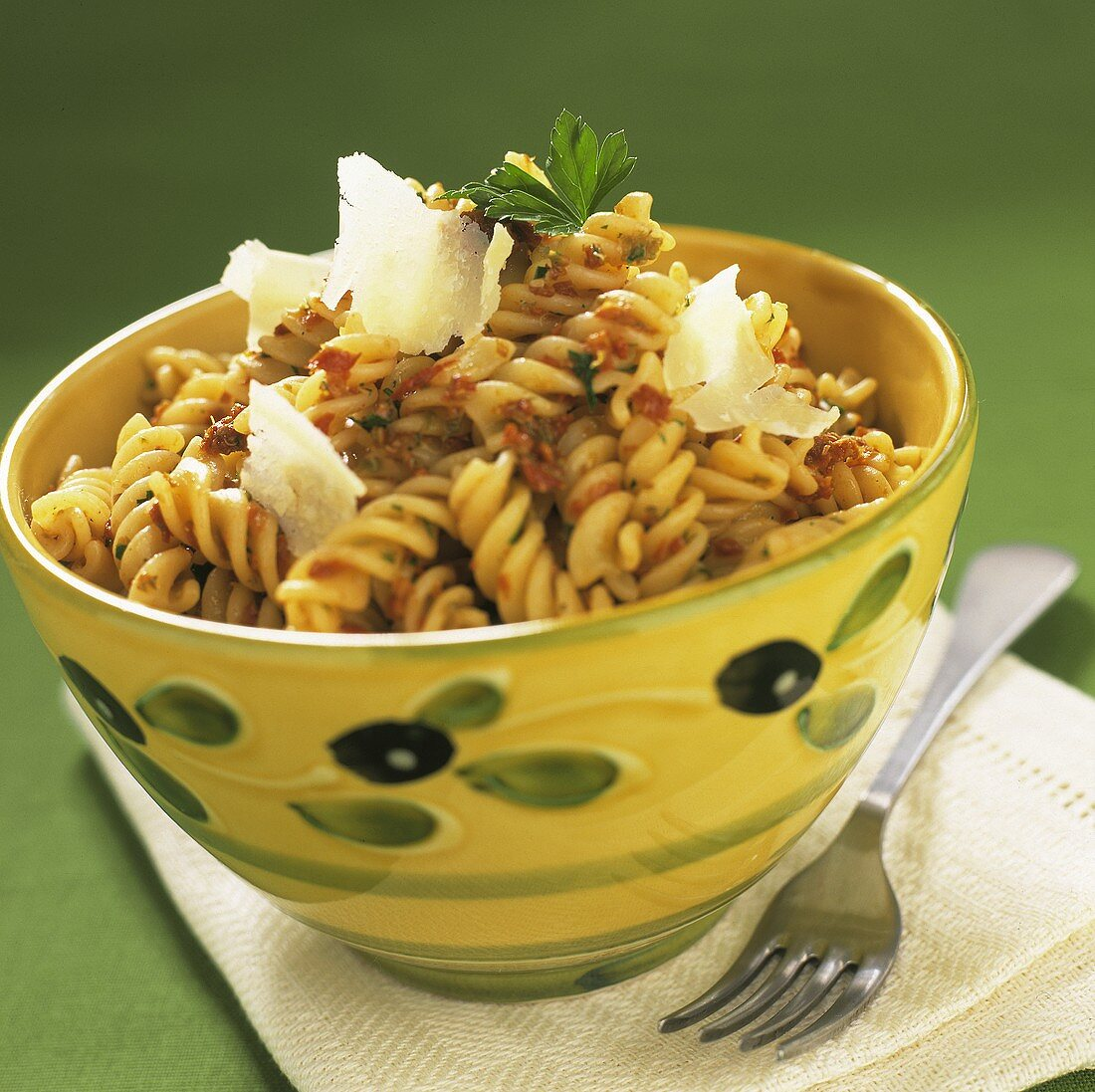 Fusilli ai pomodori secchi (Fusilli with dried tomatoes)