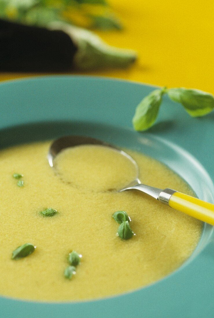 Aubergine soup with fresh basil
