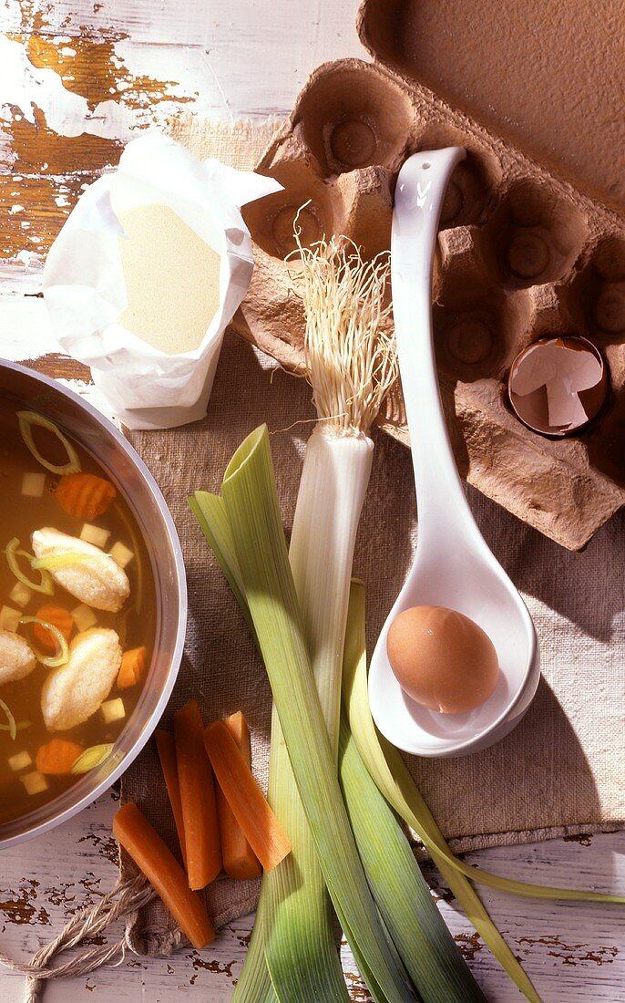 Boiled beef fillet broth with semolina dumplings & ingredients