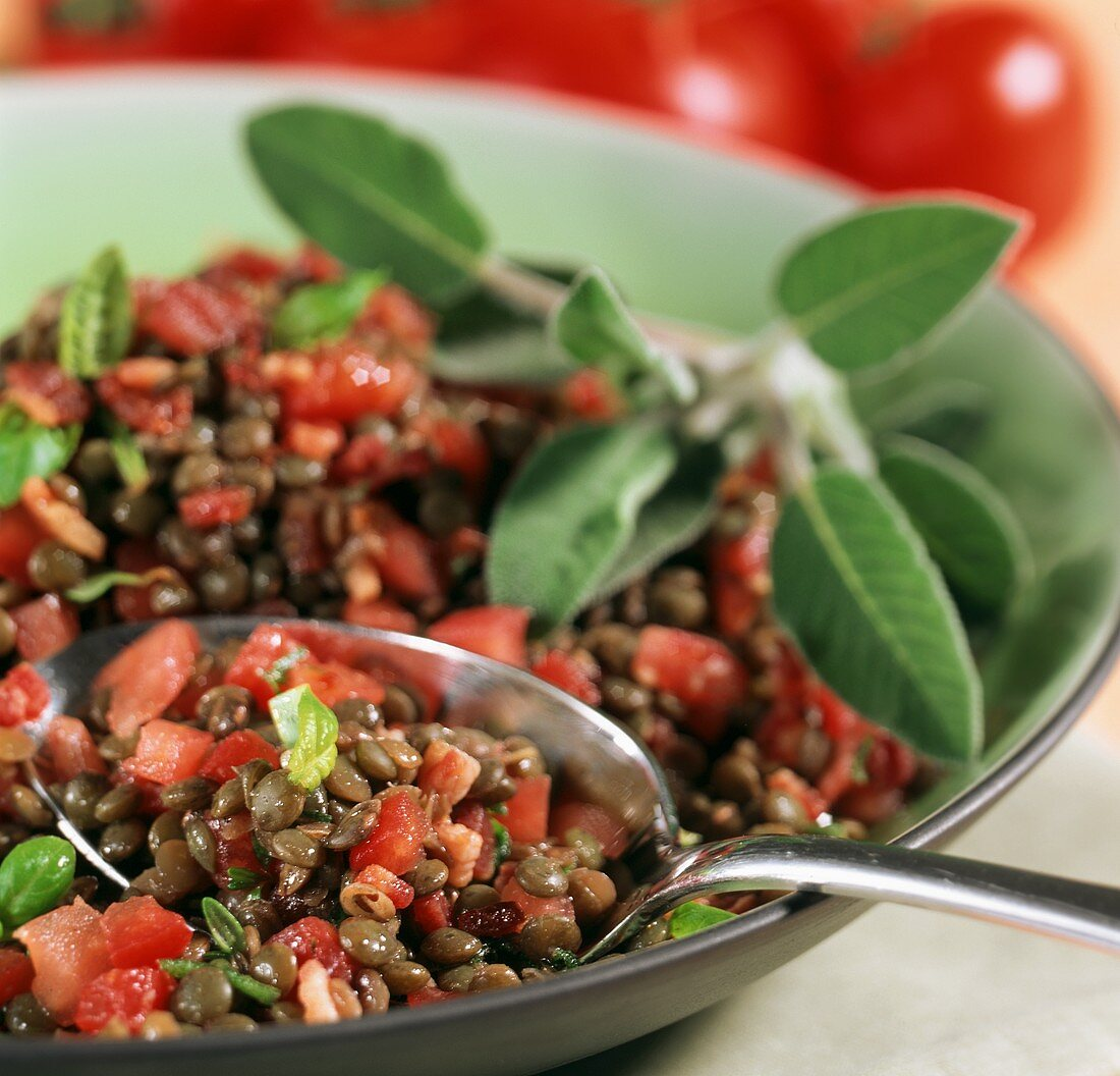 Lenticchie all'umbra (lentils with tomatoes and pancetta)