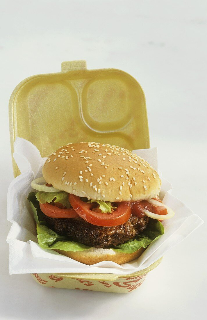 Hamburger in insulated box