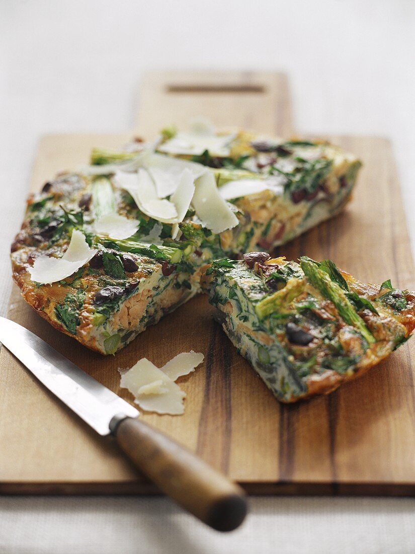 Frittata with asparagus and smoked trout