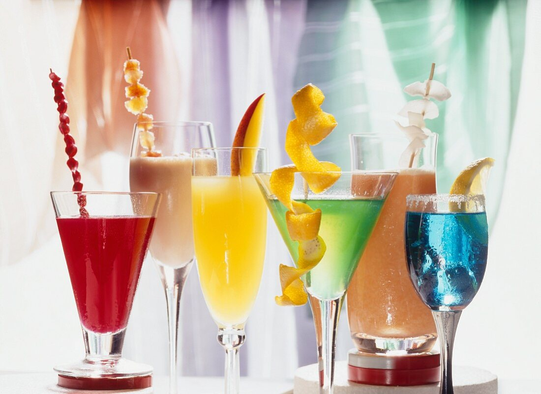 Various cocktails with and without alcohol