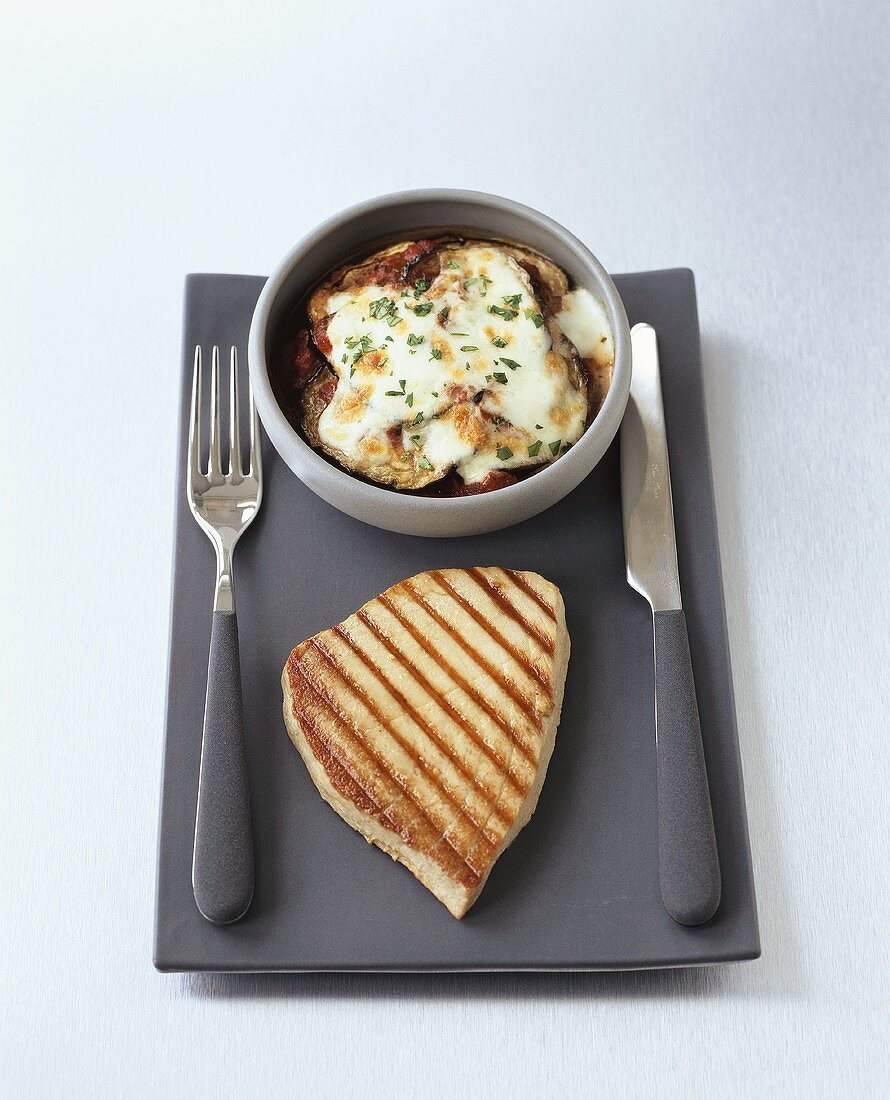 Grilled tuna with baked aubergine