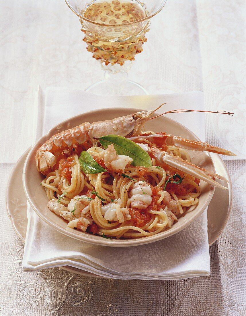 Spaghetti alla Busara (spaghetti with scampi & tomato sauce)