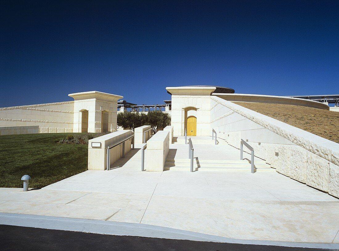 Opus One Winery, Oakville, Napa Valley, California, USA