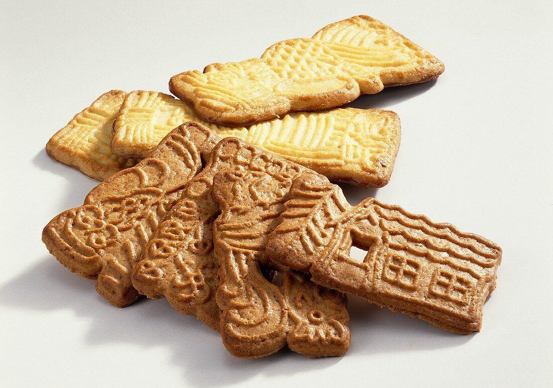 Butter spekulatius and spiced spekulatius cookies