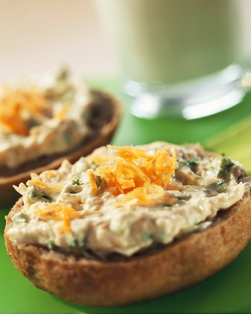 Bread rolls with apple, carrot and cheese spread for children