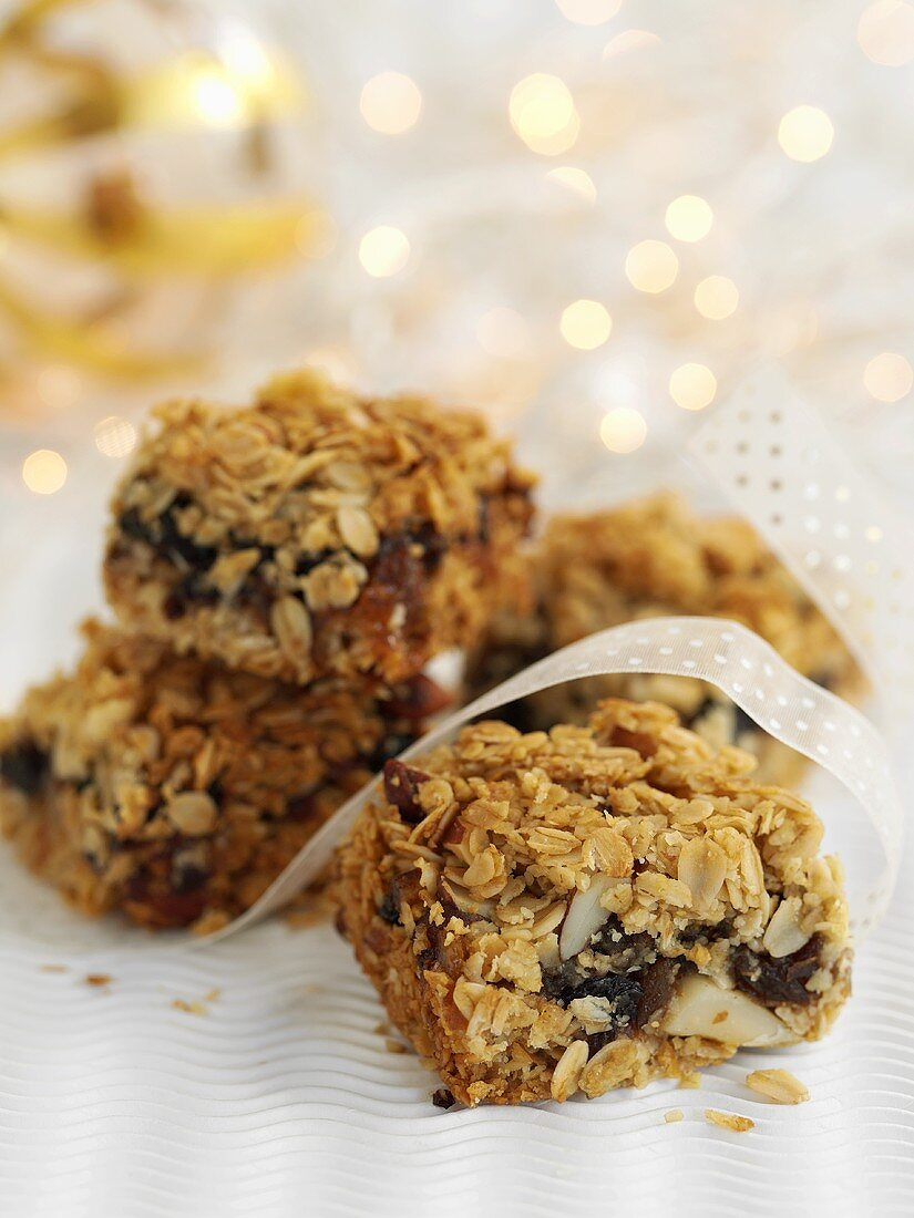 Flapjacks (rolled oat tray bake) for Christmas