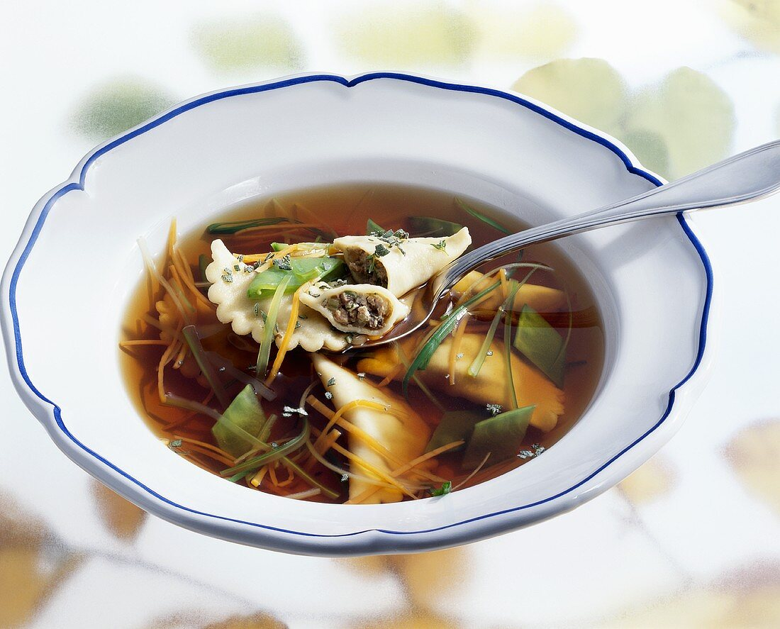 Game consommé with pheasant tortelloni