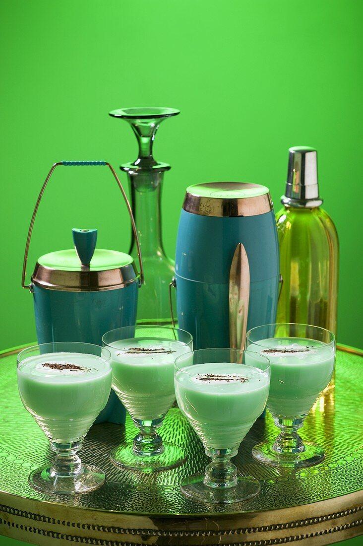 Grasshopper (cocktail with peppermint liqueur, creme de cacao and cream)