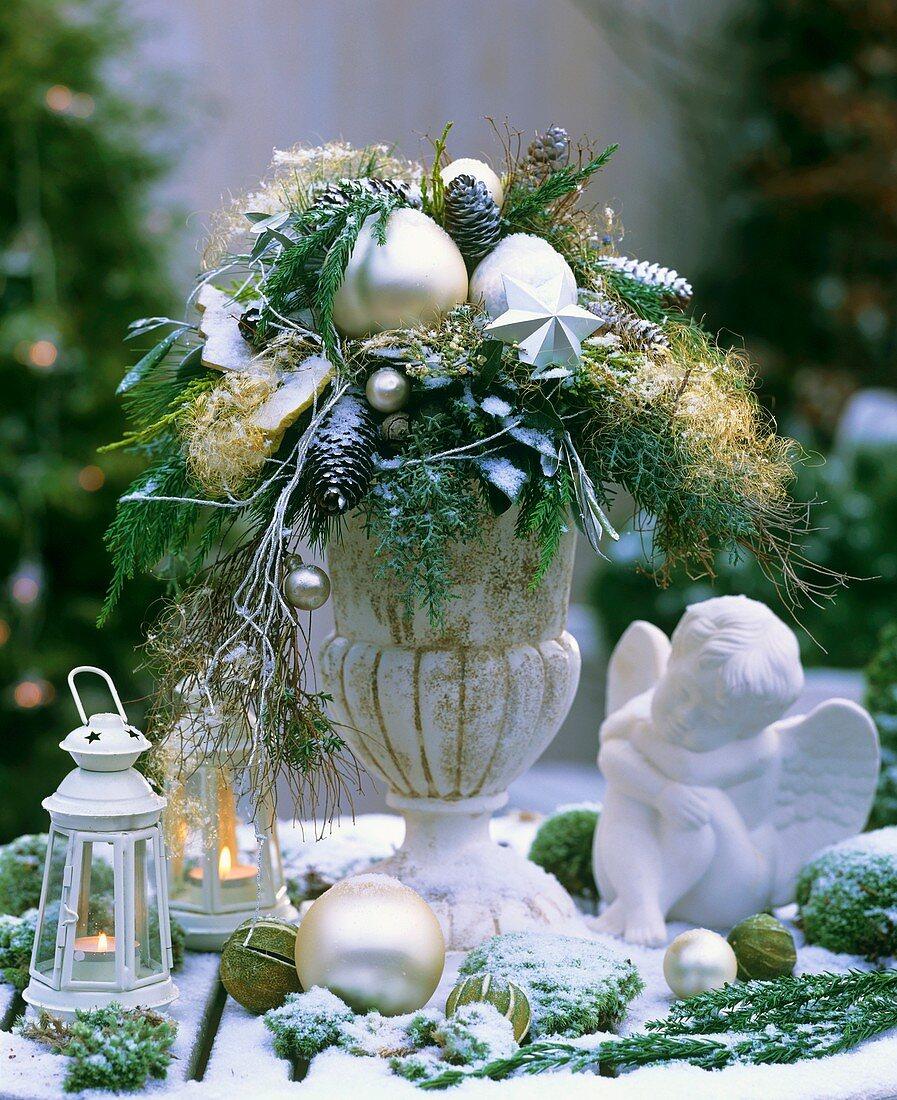Christmas arrangement with angel
