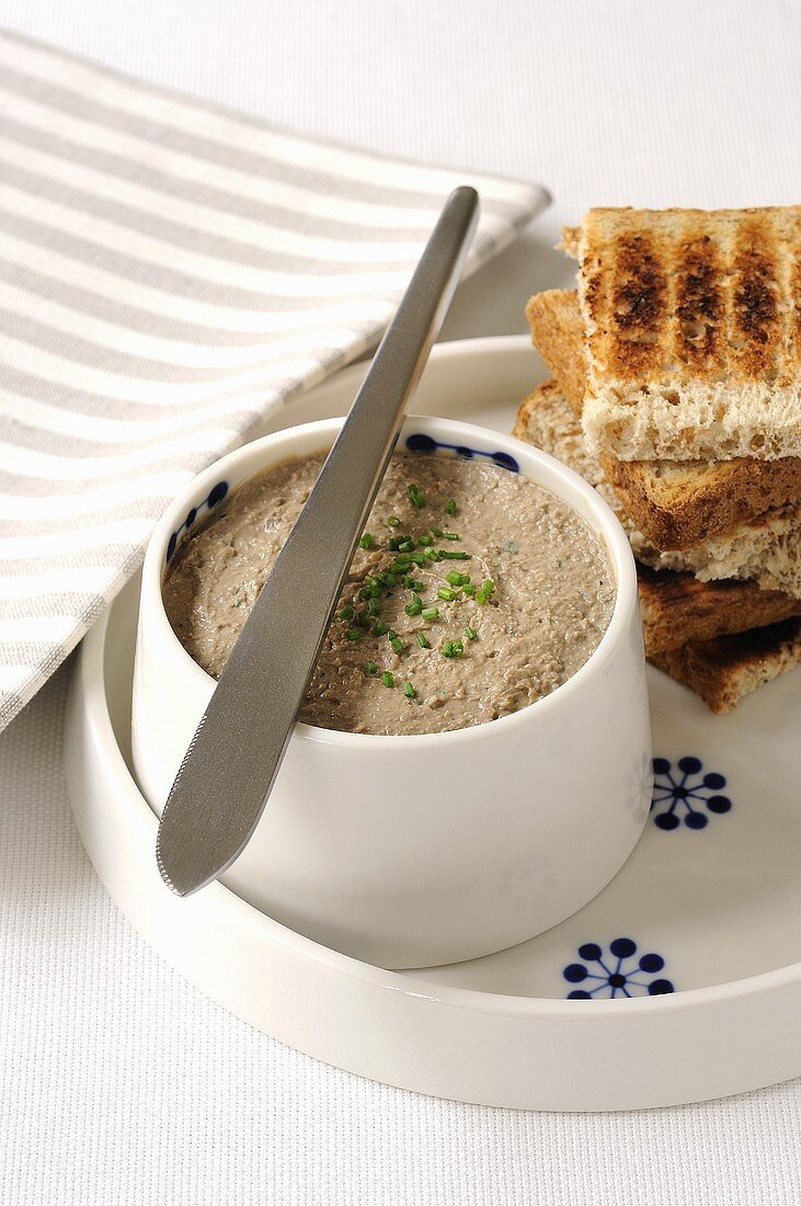 Chicken liver mousse with chives and toast