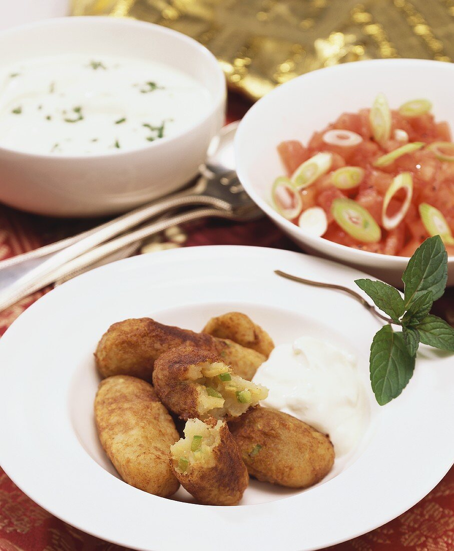 Croquettes with ginger and mint filling
