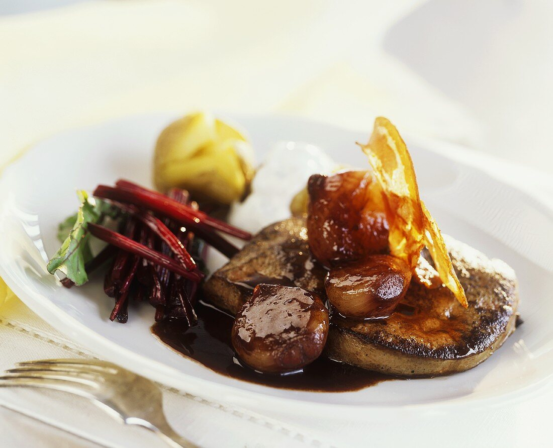 Calf's liver with a red wine shallot sauce & crispy Pancetta