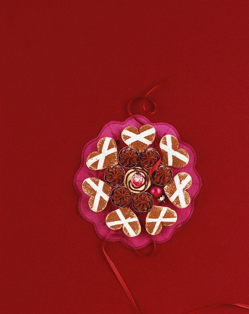 Parisian hearts & Eiskonfekt (cool melt chocolates) for Christmas