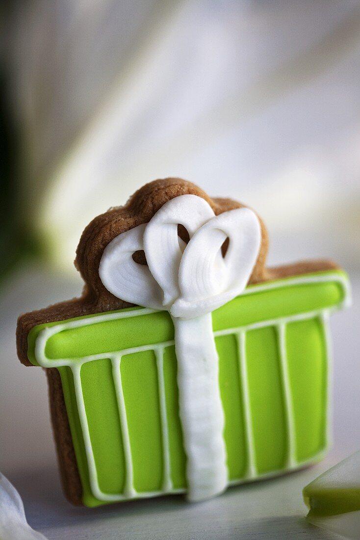 Decorated biscuit