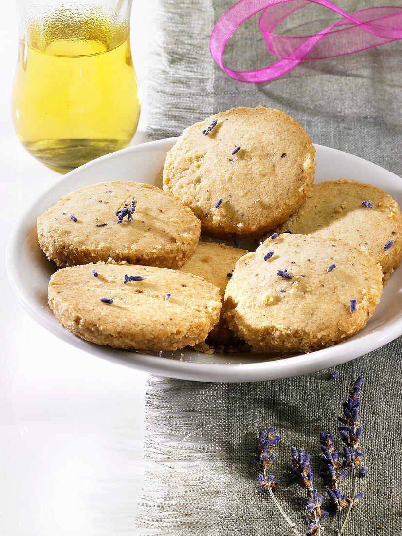 Lavender biscuits (Heidesand, German 'sand' biscuits)