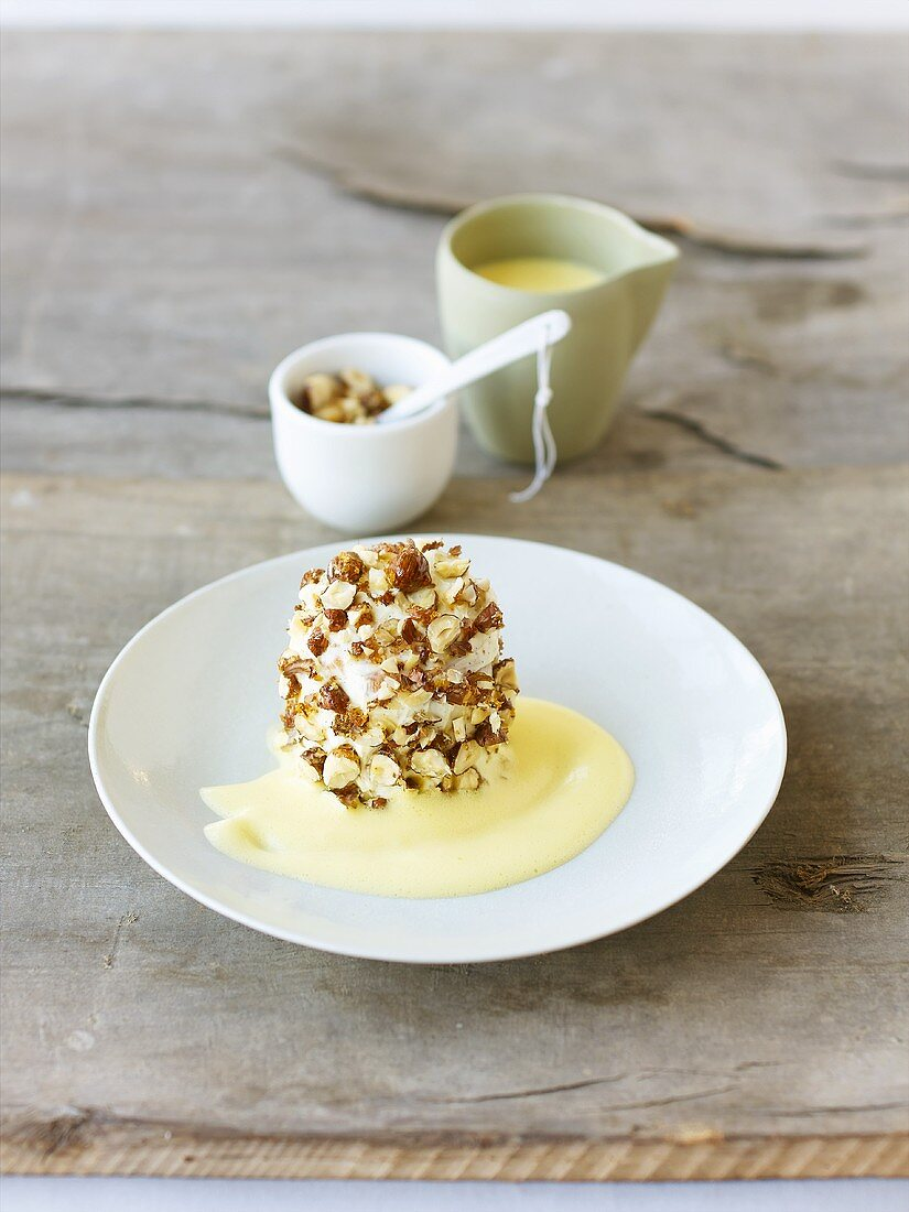 Nut brittle cake with cider cream (Hesse, Germany)