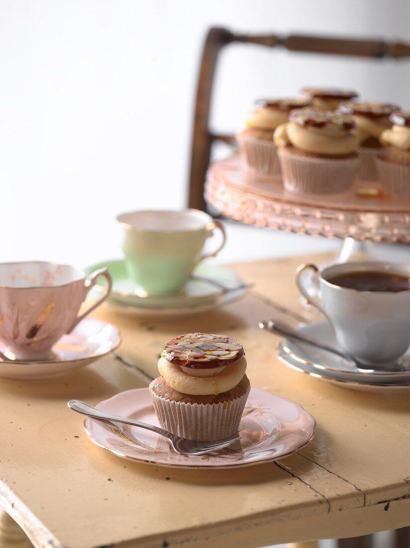 Almond honey cupcakes
